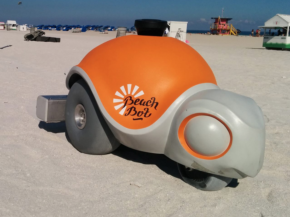 Beachbot, The World's Most Adorable Sand Artist
